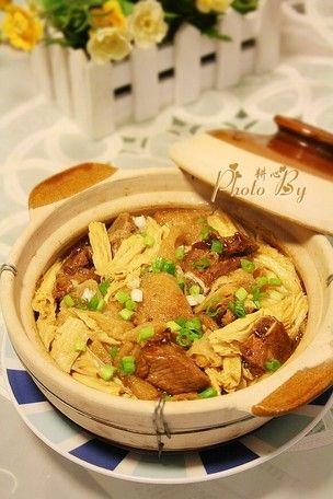 竹荪腐竹排骨煲