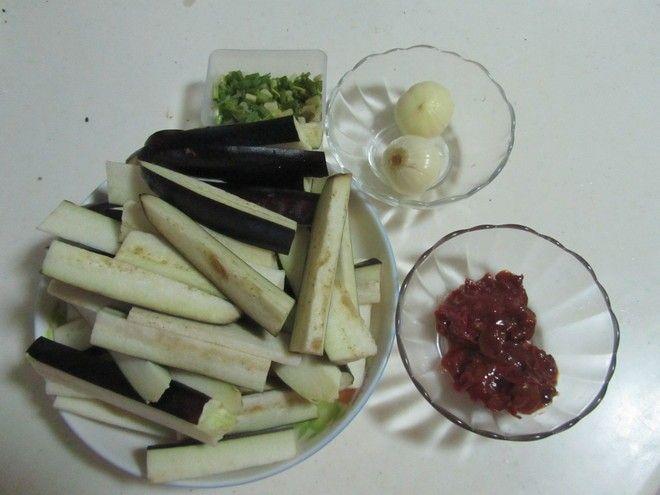 快手下饭菜---豆瓣茄子制作第1步